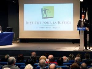 Reunion-publique-de-l-Institut-pour-la-justice_imagegallery